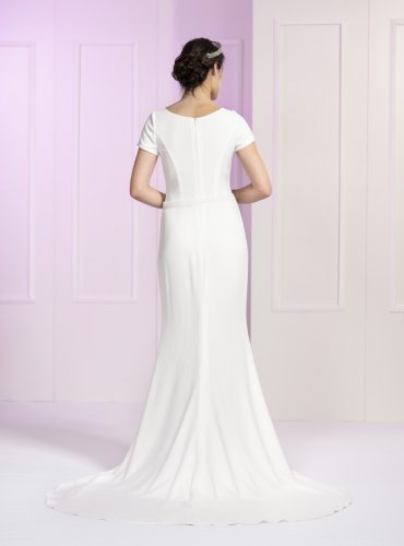 NR22-DY1-6362-back-schlicht-elegant